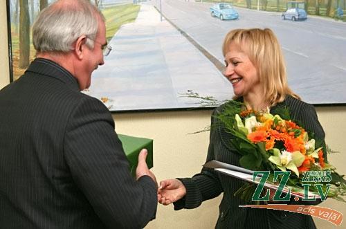 Andris Rāviņš sveic 10000. GPON Jelgavā